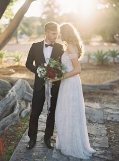 Dripping with romance: http://www.stylemepretty.com/2015/01/29/moody-romantic-outdoor-wedding-inspiration/ | Photography: Kurt Boomer - http://www.kurtboomer.com/