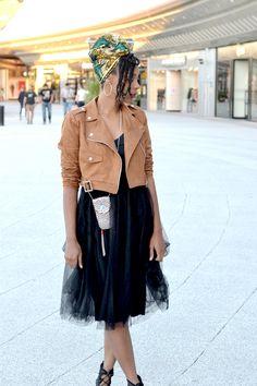 Paris fashion week lirons d'elle Vanessa lironsdelle boohoo #Blogueuse afro #vanilles #turban #turbanista #blogueuse #france #natural hair #team natural #mode #look #basic #simple #look #mode#trend #hair #wax #africanprint