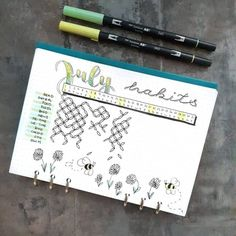 Do you want inspiration to create habit tracker spreads in your bullet journal? Here are 25 habit tracker layout ideas to draw inspiration from. This post gives layout ideas for circular, linear and mini habit trackers handpicked from various sources. Bullet Journal Habit Tracker Layout, Bullet Journal Simple, Bullet Journal Hacks, Bullet Journal Notebook, Bullet Journals, Bullet Journal Minimaliste, Bujo, Journal Inspiration, Journal Ideas