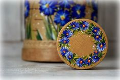 View album on Yandex. Tole Painting, Fabric Painting, Painting On Wood, Cardboard Crafts, Felt Crafts, Interior Design Color Schemes, Objet Deco Design, Hand Painted Fabric, Wooden Boxes