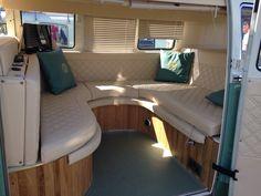 Interior Volkswagen Interior, Volkswagen Bus, Vw T1, Vw Camper, Motorhome Interior, Bus Interior, Interior Ideas, Moto Home, Camper Van Kitchen