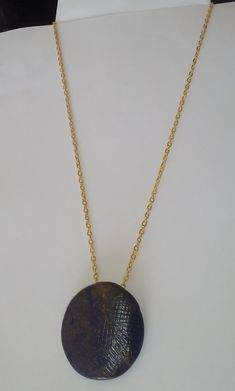 "#Halskette ""olivblau"" #Halsschmuck –  #Schmuck  #Collar ""azul oliva"" Joyas  #Necklace ""olive blue"" – #Jewelry Jewelry Shop, Art Gallery, Gold Necklace, Nude, Paintings, Elegant, Photos, Handmade, Crafts"