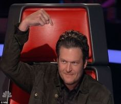 LOVE. Lol Blake Shelton on The Voice