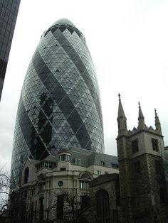 Torre Swiss Re, Londres (Norman Robert Foster).
