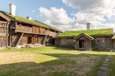 (8) FINN – Historiske Sandbu i Vågå - unik middelaldergård
