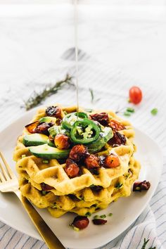 These Jalapeño Cornbread Waffles are the ultimate savoury waffles! They're made with roasted garlic, rosemary, and are perfect for brunch! Made deliciously with ! Cornbread Waffles, Vegan Cornbread, Jalapeno Cornbread, Best Savory Cornbread Recipe, Healthy Waffles, Savory Waffles, Healthy Vegan Breakfast, Vegan Brunch Recipes, Waffle Recipes