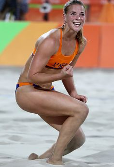 Jantine van der Vlist of Netherlands during the Women's Beach Volleyball Preliminary Pool E match against Karla Borger and Britta Buthe of GermKira Walkenhorst of Germany on Day 4 of the Rio Get premium, high resolution news photos at Getty Images Rio Olympics 2016, Summer Olympics, Olympic Sports, Olympic Games, Gq, Summer Games, Muscular Women, Rio 2016, Beach Volleyball