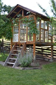 """La Maison Boheme: Spirit House Made With Recycled Windows, """"greenhouse"""" Outdoor Sheds, Outdoor Rooms, Outdoor Living, Cat House Outdoor, Outdoor Office, Outdoor Screens, Outdoor Patios, Recycled Windows, Reclaimed Windows"""