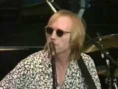 Tom Petty & the Heartbreakers - Full Concert - 10/02/94 - Shoreline Amphitheatre (OFFICIAL) - YouTube