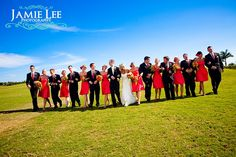Love this wedding party picture!