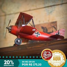Miniatura de avião de guerra com 20% de desconto! Ótimo para decorar e presentear. Essa oportunidade é só no mês de maio. #RetroLovers #Decor #Retro