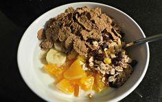 Ontbijt,musli,branflakes,fruit