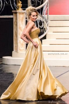 Vestidos Miss Universo Argentina – Oscar Aguilera verano 2016