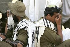 IDF ultra-orthodox soldiers ~ saying morning prayers!