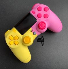 - Everything About Playstation Cool Ps4 Controllers, Ps4 Controller Custom, Game Controller, Best Gaming Setup, Gaming Room Setup, Playstation, Custom Consoles, Video Game Rooms, Cool Electronics