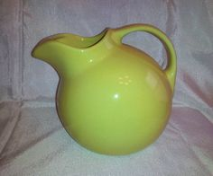 VINTAGE YELLOW HALL POTTERY BALL ROUND PITCHER JUG WITH ICE LIP CATCHER #633