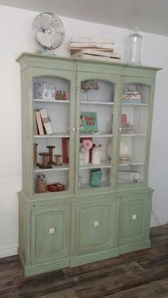 Reclaimed Hutch.  Used Sweet Pickins Milk Paint Color - Pantry and Creamy.  Dark Glaze and sealed with wax.