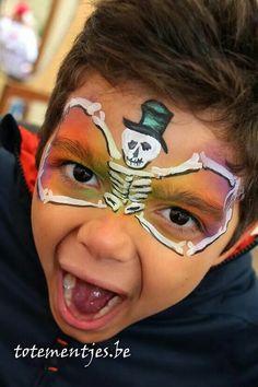 Fun skeleton mask.