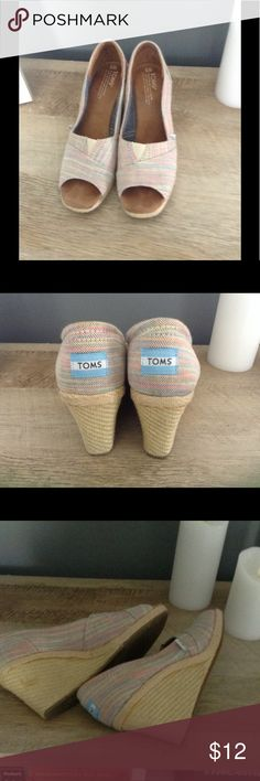 🎀🎀🎀 CUTE TOMS Striped Wedges 8 Pastel striped in gently used condition. ***There are several places on soles where there is dried glue that is visible****see pic 3 -were like this when purchased and price is lowered to reflect this. TOMS Shoes Wedges