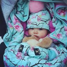 Elodie Details Apple of my eye motief Nu beschikbaar bij www. Little Ones, Little Girls, Elodie Details, Futur Parents, Scandinavian Nursery, Stroller Bag, Everything Baby, Nursery Design, Baby Love