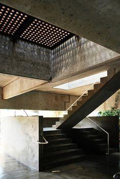 Casa Gerassi by Paulo Mendes da Rocha, São Paulo, Brazil