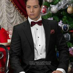 """Tiempo de Navidad"""" #Tuxedo #Smoking #Dinner Www.comercialmoyano.com MadeinItaly WWW.OTTAVIONUCCIO.COM Bespoke Excelencia"""