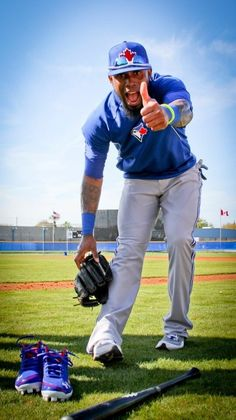 """He has """"hamstring tightness"""" so he is out for 15 days.this is why I can't stand baseball players - softest athletes EVER! Give me a hockey player any day! Senior Pictures Sports, Baseball Pictures, Jose Reyes, Fantasy Baseball, Look Girl, Toronto Blue Jays, Go Blue, Sport Photography, Baseball Players"""