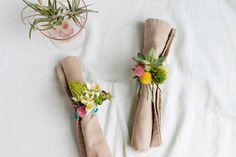 Cómo hacer servilleteros con flores frescas