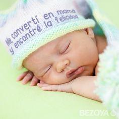 Me convertí en mamá y encontré la felicidad. #bezoya, bebé, bebé a bordo, madre, hijo, maternidad, padres, madres, familia, primeriza, amor, niño, niña, newborn, agua, mineral natural, mineralización débil, felicidad, baby, recién nacido, frase, frases bebés