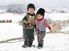 romanian rural life, photo Marian Mocanu Visit Romania, Life Photo, Belgium, Jazz, Rock, Country, People, Photos, Beautiful
