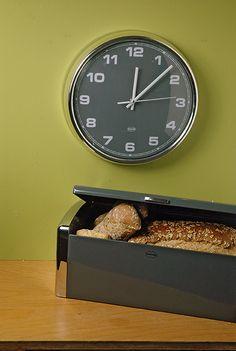 Wall clock Cabanaz. sweeping movement