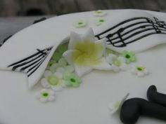 Anderledes ideer til et polterabend arrangement - Prøv et kursus i kagepyntning