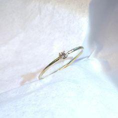 .....ZARTER Brilliant Verlobungsring von FREU*ware auf DaWanda.com