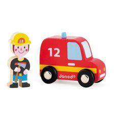 Hasičské auto s hasičem