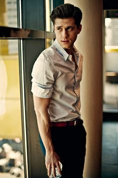 Aaron Tveit, making all other men less and less attractive since 1983 ^^^^^^pinning for that comment!!!