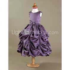 IN PINK OR BLACK! Ball Gown Tea-length Flower Girl Dress - Satin Sleeveless - USD $ 89.99 Comes in all colors!!!!! :)