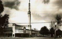 Centro Cultural Bella Época. Colonia Condesa. By Teodoro González de León (reconversion). Aquí cuando era Cine Lido.