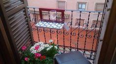 Zaragoza Patio Ideas, Balcony, The Neighbourhood, Outdoor Structures, Wood, Table, House, Home Decor, Zaragoza