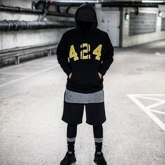 Reposting @jaymarxx: My favourite number is 424 ❌  #offwhite #streetstyle #fearofgod #blog #dopestoutfit #blogger #bloggerstyle #style #vetements #photography #instafashion #mensfashion #hypelessfits #urbanfashion #streetwear #supreme #ootd #adidas #streetfashion #simplefits #homelessfits #outfitgrid #insaneoutfits #outfitberloga