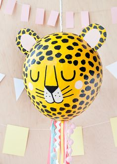Make this adorable baby cheetah pinata using classic paper maché techniques and a little help from Mod Podge. Paper Mache Pinata, Paper Mache Balloon, Balloon Pinata, Balloon Crafts, Balloons, Harry Potter Halloween, Diy Craft Projects, Diy Crafts For Kids, Craft Ideas