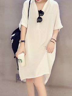 Buy Casual Dress For Women at JustFashionNow. Online Shopping JustFashionNow Women Casual Dress V neck Shift Daytime Dress Half Sleeve Casual Cotton-blend Paneled Solid Dress, The Best Daytime Casual Dress. Discover unique designers fashion at JustFashion Simple Dresses, Cheap Dresses, Casual Dresses For Women, Elegant Dresses, Shift Dresses, Midi Dresses, Fashion Dresses, Midi Dress With Sleeves, Short Sleeve Dresses
