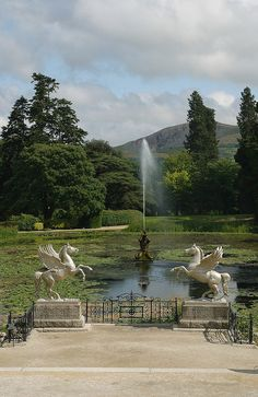 Powerscourt Estate, a 13th century castle in Enniskerry, County. Wicklow, IRELAND.   (by Irish Welcome Tours, via Flickr)