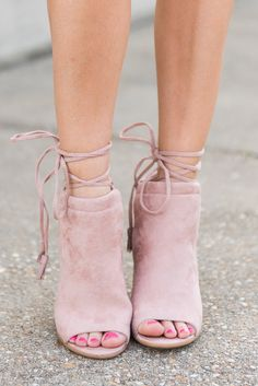"""""""Western Winds Heels, Blush""""You seriously need these chunky heels to step up your spring style!! They are going to look so fab with your spring dresses and colorful skinnies!! #newarrivals #shopthemint"""