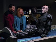 Star Trek Borg, Star Trek Crew, Star Wars, Jonathan Frakes, Star Trek 1966, Star Trek Episodes, Star Trek Characters, Star Trek Series, Favorite Movie Quotes