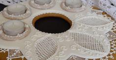Az advent közeledtével elkészült az idei első mézeskalács. A tészta és az íróka leírása az alábbi linkre kattintva érhető el. Mézeskalács sütése és díszítése lépésről lépésre