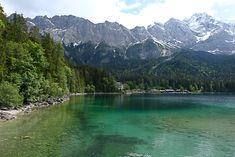 Der Eibsee, einer der schönsten Seen inmitten der bayerischen Alpen. Kristallklares, zum Teil richtig türkises Wasser und als Kulisse die Zugspitze. Hört sich doch super an, oder? Das dachten wir uns auch und darum entschlossen wir, wieder mal sehr spontan, einen Tagesausflug zum Eibsee zu unternehmen.
