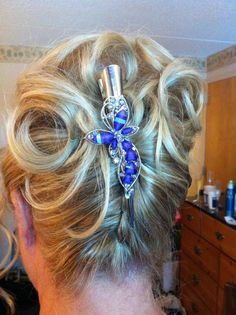 Mother of the bride Bridal Hairstyles, Pretty Hairstyles, Chic Wedding, Updos, Mother Of The Bride, Bridesmaids, Special Occasion, Shabby Chic, Hair Beauty