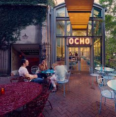 Ocho Lounge River Walk Beautiful and elegant without being stuffy, Ocho at the Hotel Havana is an amazing place to drink some tequila and watch the people. It's the perfect place to take out-of-town guests when you want to show off our ciudad linda. Hotel Havana San Antonio, San Antonio Food, Texas Vacations, Texas Roadtrip, Adventure Awaits, Adventure Travel, San Antonio Restaurants, San Antonio Riverwalk, Brunch Places