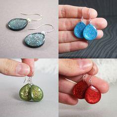 Resin jewelry tutorial.