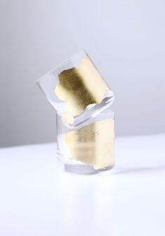 VASOS DE COCTEL DECORADOS CON PAN DE ORO (gold leaf cocktail glasses) #HazloTuMisma